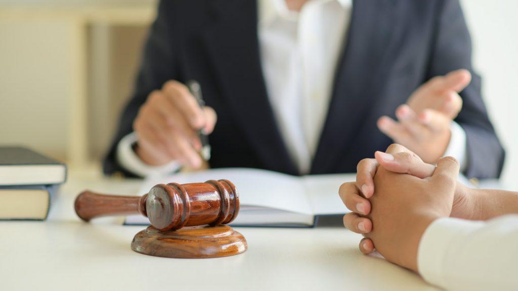 Comment choisir le bon avocat